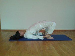 Tre posizioni yoga per l'inverno