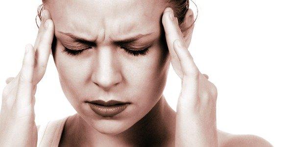 Le migliori posizioni yoga per il mal di testa