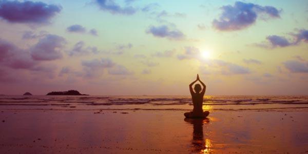 Yoga, come praticare d'estate per affrontare bene l'inverno
